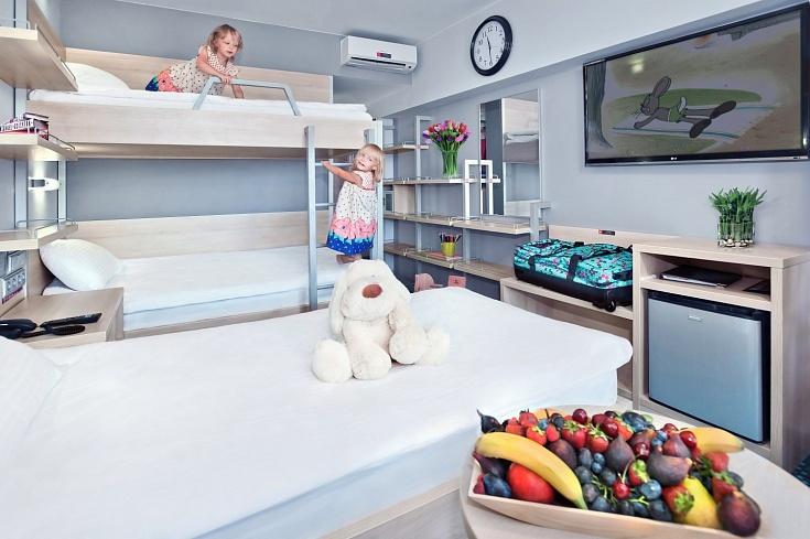 Стандарт улучшенный с тремя кроватями
